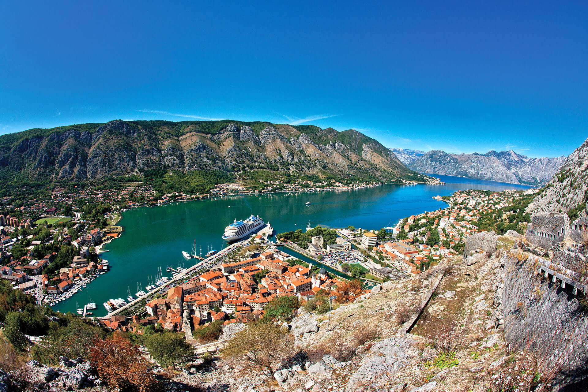 montenegro-tour-adriatic-explore